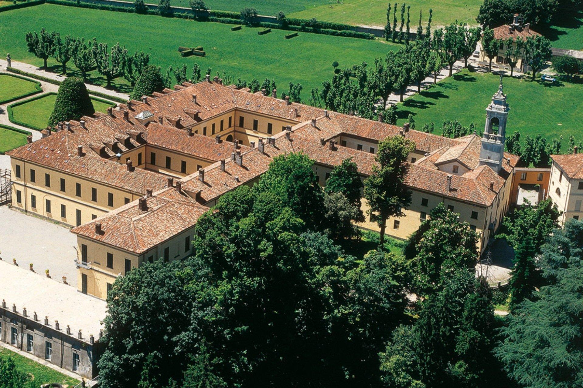 Castelbarco_small.jpg