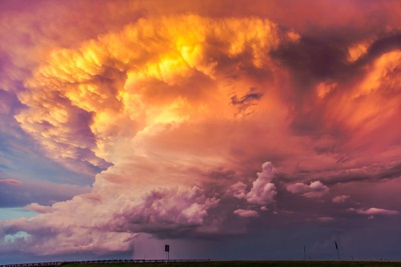 Skies ablaze on the high plains