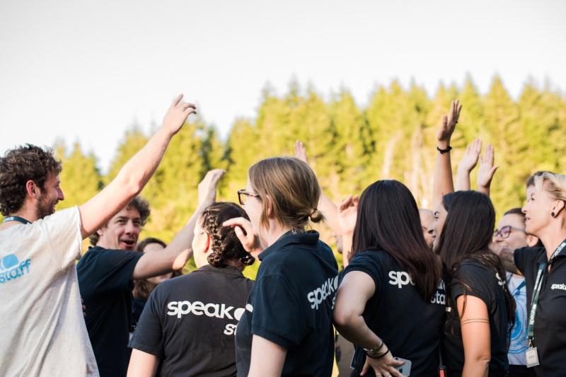 Lo Speak Teens Staff prima dell'inizio delle attività del camp